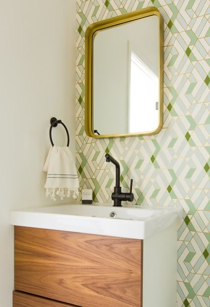 bathroom tile trends colorful patterns 1490294676